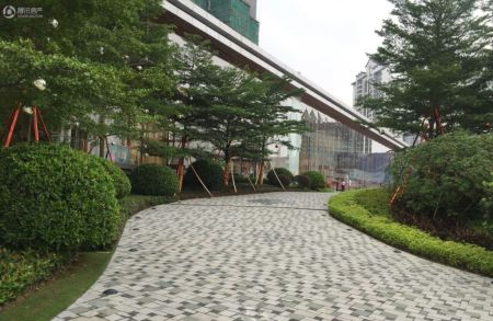 越秀国际总部广场