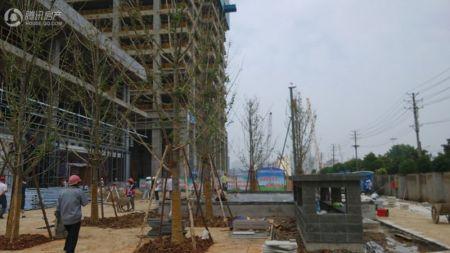 汇通新长江中心
