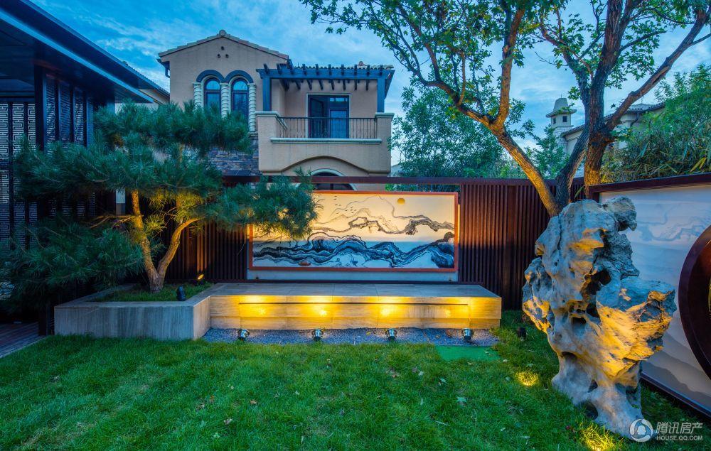 阳光城·君山墅房源在售 最低900万元/套